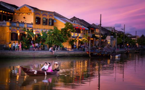 nhung dieu co the ban chua biet ve hoi an 600x374 - MT Phan Chu Trinh, trung tâm phố cổ Hội An